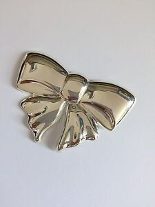 A Unique Sterling silver (925) Bow Brooch