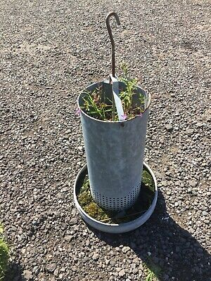 Vintage Old Metal Feeder Planter Garden Feature  22/6/V