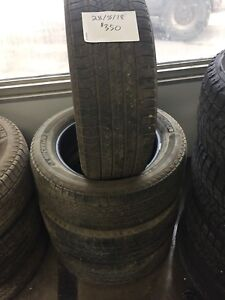 Set of 4, 235/55/18 michelin Latitude all season tires
