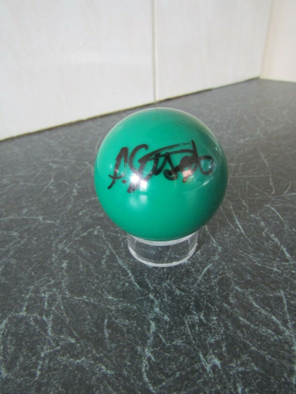 SNOOKER BALL Autographed by