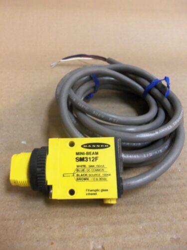 Banner SM312F fiber optic sensor