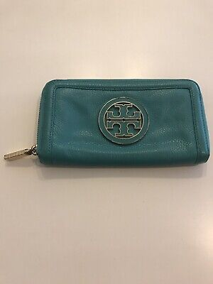 tory burch Turquois zip around wallet
