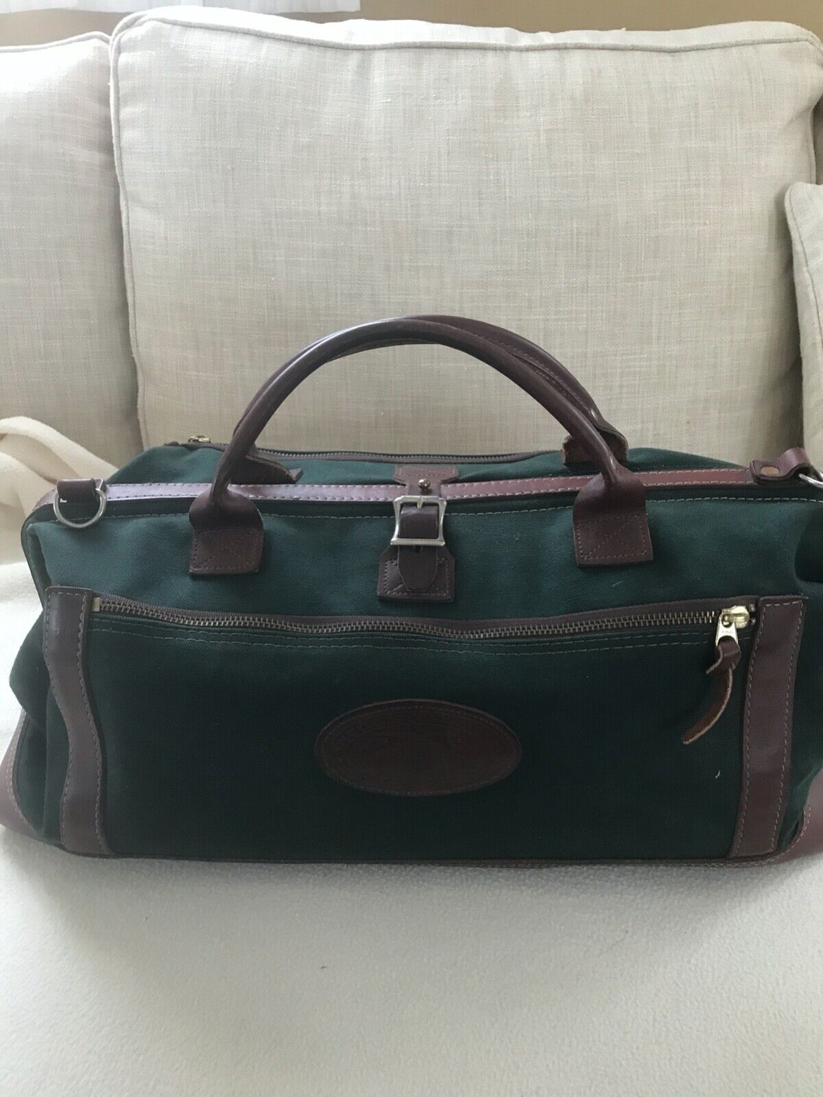 ORVIS BATTENKILL DUFFLE BAG, 20 Green Canvas And Leather - $65.00