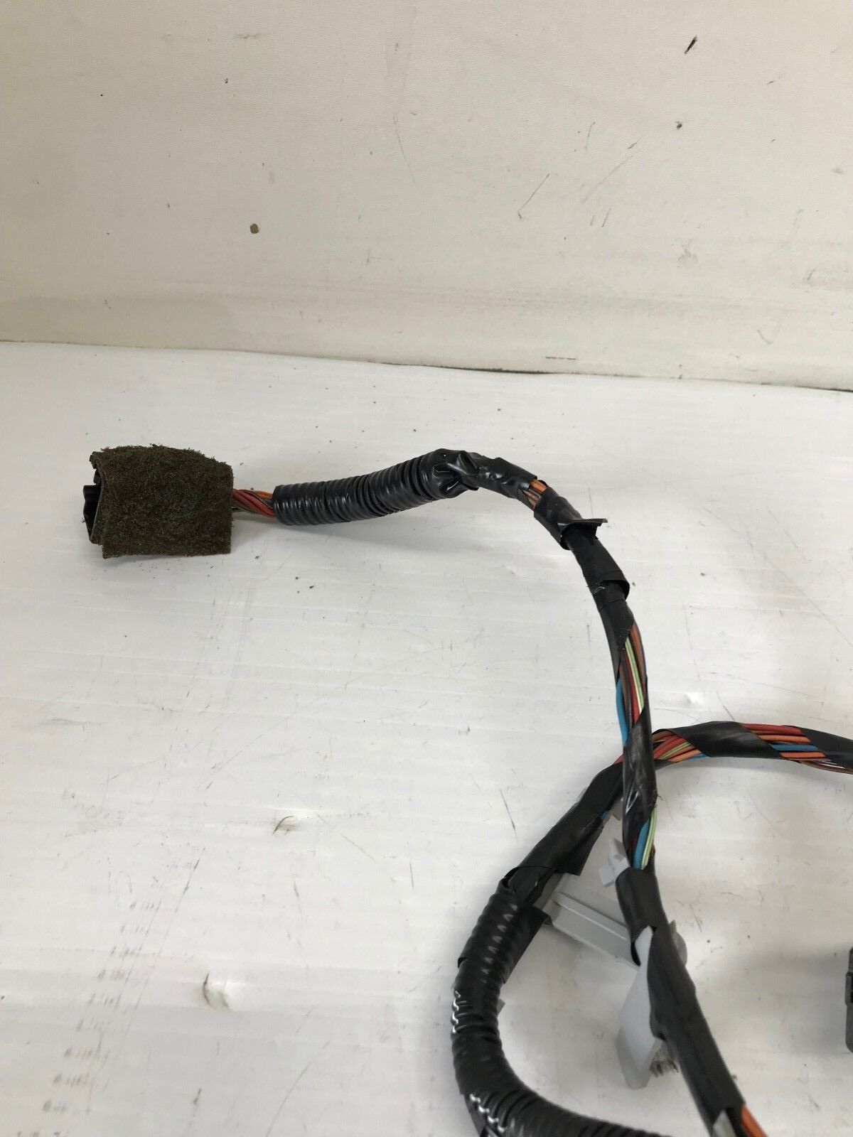 Used Jaguar Switches And Controls For Sale Page 55 1992 Xj6 Wiring Harness 2004 2007 Xj8 Xj8l Oem Trunk Lid 5w1993 1994 2013 2014a227