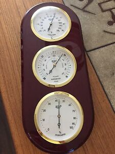 """Barometer about 15"""" tal"""