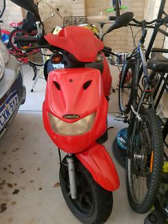 Vmoto monza scooter