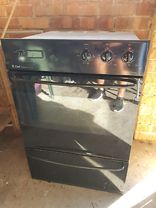 Oven with Grill Toukley Wyong Area Preview