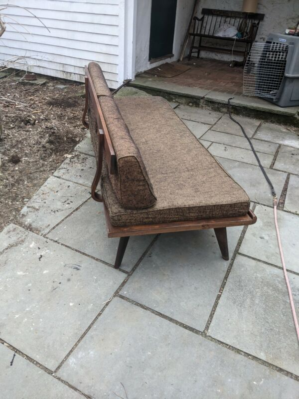 Adrian Pearsall / George Nelson style Daybed Sofa - Mid-Century Modern