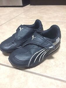 Toddler Puma shoes size 6