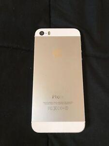 iPhone 5s 16g avec BELL comme neuf  Québec City Québec image 2