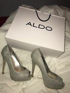 size 5 women's aldo heels