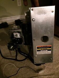 Carrier Bryant 355aav furnace burner box complete with gas valve