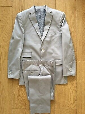 ISAAC MIZRAHI NEW YORK Boys Two-Piece Suit (Size 16 US, Light Grey)