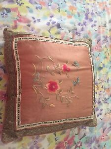 Silk decorative pillow Hocking Wanneroo Area Preview