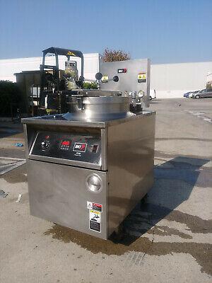 Bki 75 Lb Pressure Fryer With Filtration System - Electric Fkm-f