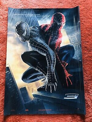 at Poster A1. Tobey Maguire, James Franco, Rechts Schwarz (Spiderman Poster)