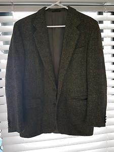 Hand woven Harris Tweed Mens vintage  jacket Varsity Lakes Gold Coast South Preview
