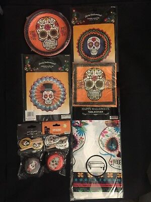 DAY OF THE DEAD DECORATIONS PLATES, NAPKINS, BANNER HALLOWEEN PARTY SUPPLIES  - Day Of Dead Party Supplies