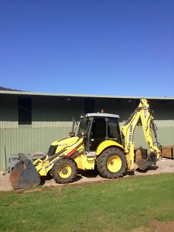 Back Hoe New Holland B110B Forster Great Lakes Area Preview