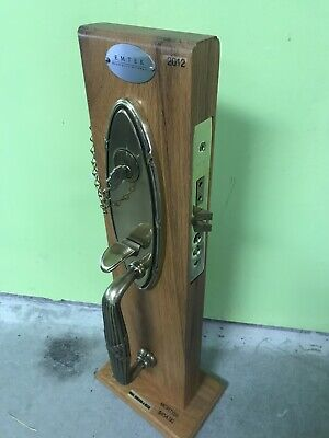 Reed Oval Ribbon (Emtek Oval Ribbon And Reed Antique Brass Door Handle And Mortise Lock With Key)