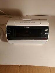 Sony ICF-C11IP iPod/iPhone Lightning Dock Speaker AM/FM Alarm Clock, New Battery