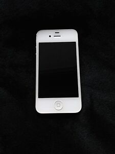 iPhone 4s 8g - Bell/Virgin - 9.5/10 Condition