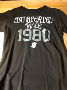 Stussy x Undefeated collaboration T-shirt size Medium