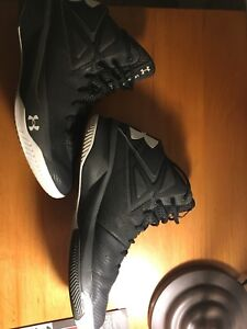 Men's under armor basketball shoes size 11