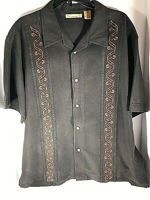 The Havanera Company Mens Black Guayabera Button Down Sz XL Embroidered Flowers