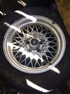 2 rims 4 tires