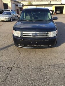 2010 Ford Flex loaded certified 188000 kms $7995