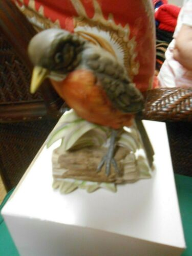 "Great  RUBEL Porcelain ""Robin"" Bird figurine........."