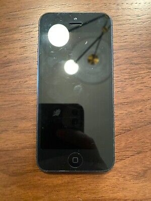 iPhone 5 -- A1429 -- 16GB -- Black -- Verizon