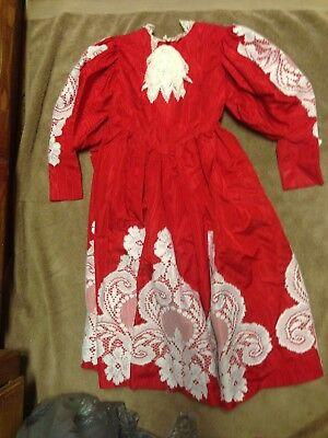 Beautiful Girl Dress Red with white lace Southern vintage style Size 6 Handmade
