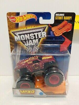 Red MAX-D MAXIMUM DESTRUCTION 1:64 Hot Wheels Monster Jam COMBINE SHIP & SAVE$!