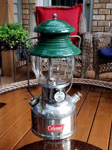 "Vintage Coleman 202 ""Professional"" Lantern - Made in USA-1954"