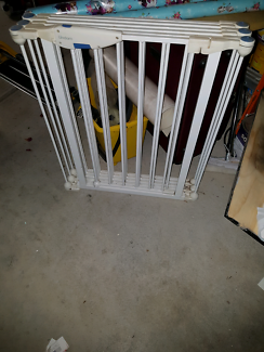 Safety gate/ play pen