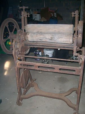 Antique Cast Iorn Mangle (Wringer)