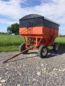 Bruns Grain Wagon
