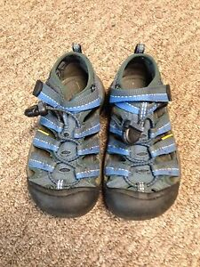 Children's sandals, size 11 (Keen)