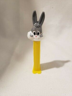 Vintage Pez Dispenser Bugs Bunny with Feet 1978 - Bugs Bunny Feet