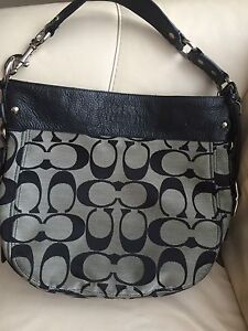 Coach large Zoe shoulder bag