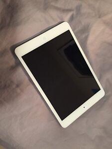 iPad Mini 1Gen 16GB White