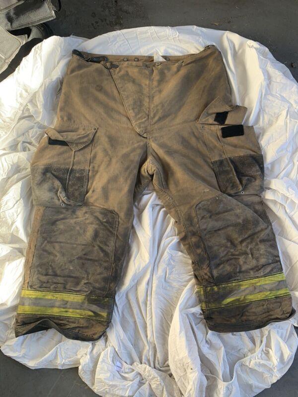 Globe Firefighter Turnout Gear Pants 42x30