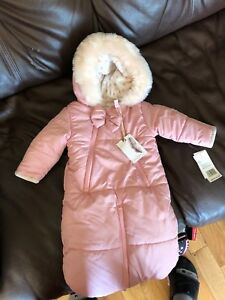 Jessica Simpson snowsuit