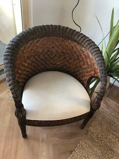 Wicker rattan woven tub chair