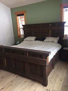 RUSTIC PINE KING SIZE BED