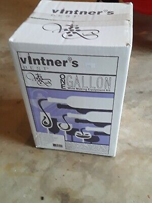 Vintner's Best One Gallon Home Wine Making Equipment Kit NEW