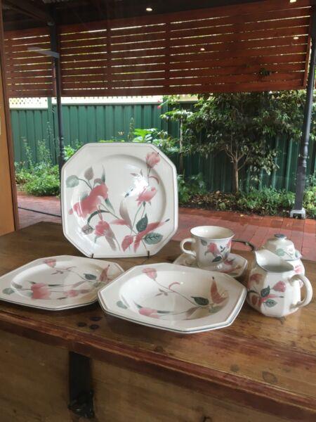 Mikasa Silk Flowers Dinnerware Gumtree Australia Local & Mikasa Continental Silk Flowers Dinnerware - Best Silk 2018