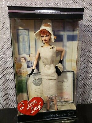 I LOVE LUCY BARBIE DOLL EPISODE 147 LUCY GETS A PARIS GOWN MATTEL B0313 NRFB